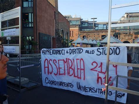 test d ingresso università catania studenti universitari bloccano test d ingresso