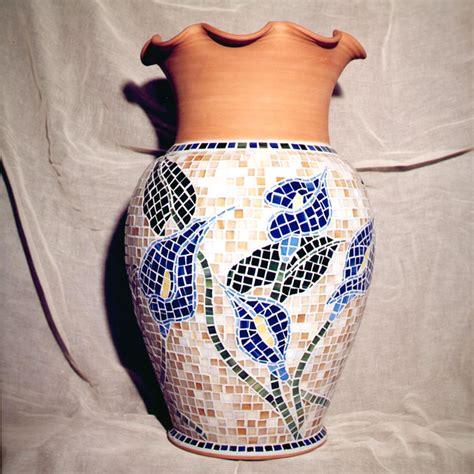 vaso con calle vaso con mosaico mosaici e vetri d arte provenzano