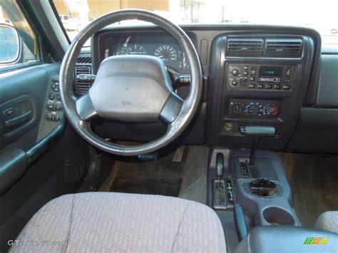 jeep cherokee xj dashboard 1989 jeep cherokee dash images frompo 1