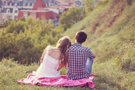 How To Make A Fall In In 5 Dates by 5 Tips How To Make Him Fall In With You Again