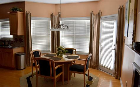Kitchen Bay Window Treatment Ideas Bay Window Curtains Ideas For Privacy And Homestylediary