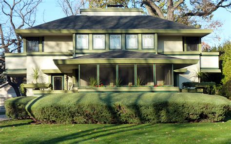 frank lloyd wright style houses frank lloyd wright architectural style with natural green