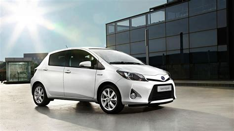 Toyota Yaris 2013 2013 toyota yaris information and photos zombiedrive
