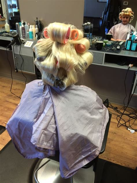 beauty salon sissy roller setting 131 best images about blonde bouffant on pinterest my