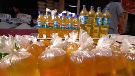 Minyak Goreng Curah daririau sebulan lagi minyak goreng curah dilarang beredar di pekanbaru