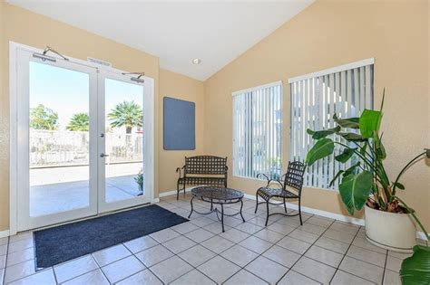 palm court apartment homes rentals hemet ca