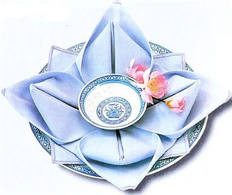 piegare tovaglioli di carta fiore oltre 1000 idee su origami con carta igienica su