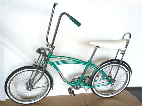 Sparepart Lowrider 20 quot lowrider complete w 68 spoke bike steel bicycle green