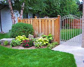 simple landscaping ideas for small backyards