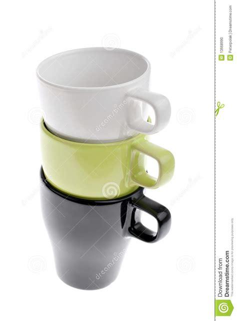 tre hanno impilato le tazze di caff 232 tre hanno impilato le tazze di caff 232 verde e nero bianche