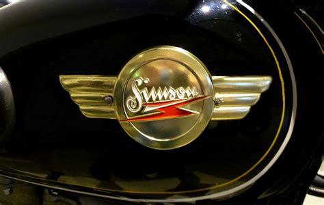 Awo Motorrad Logo by Simson Suhl Tankemblem Am Oldtimer Motorrad Quot Awo 425 Quot Der