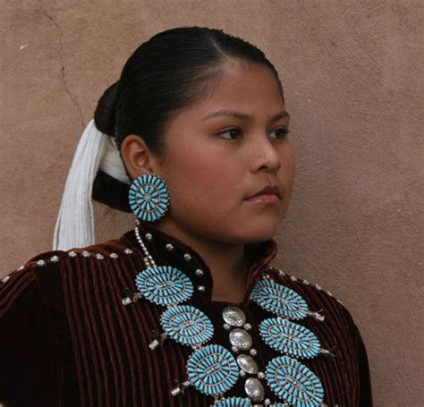 70 best images about native americans on dallas show native american flute and sioux native american clothing on american indians native american costumes and native