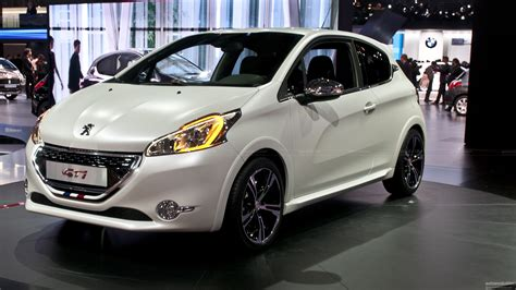 How Do You Say Peugeot Peugeot Adds Lightness With 1700 Lb Supermini