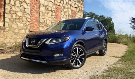 2017 nissan rogue blue drive 2017 nissan rogue is firmly among the herd