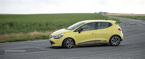 renault scenic 2017 automatic renault clio v could get hybrid assist powertrain from the