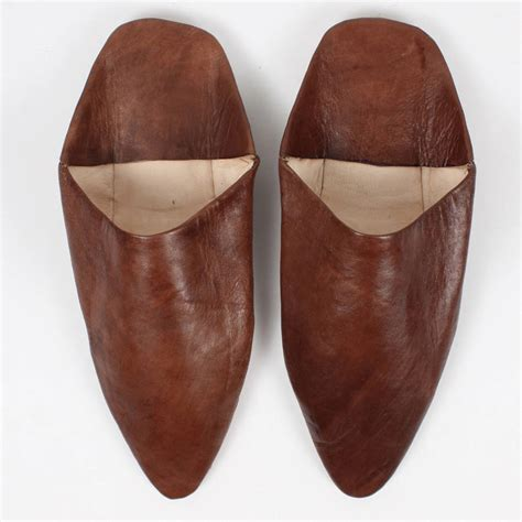 s leather slippers classic s moroccan pointed leather slippers by bohemia