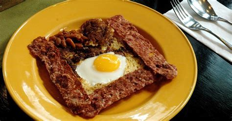 DUDE FOR FOOD: Breakfast at Sentro 1771