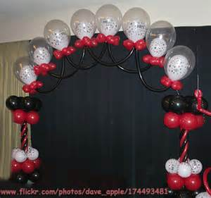 how to build a balloon arch
