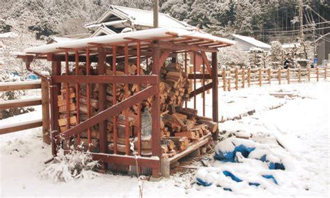 Construire Un Abris Pour Le Bois 4634 by Abri Bois A La Cagne Au Japon