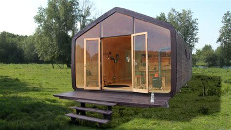 ikea tiny house for sale casas de cart 243 n con filosof 237 a ikea vivienda el mundo