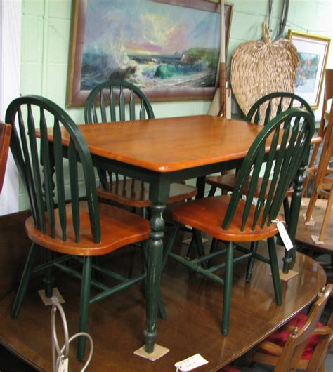 kitchen chairs country style kitchen table and chairs