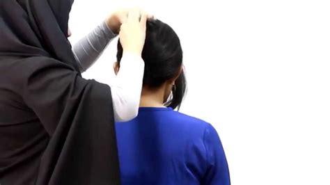 tutorial sanggul pramugari youtube tutorial hair do french twist cepol pramugari youtube
