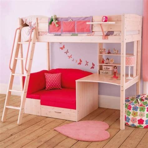 pat etajat din pal cu canapea si birou