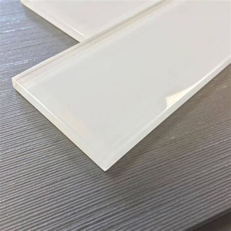 white glass subway tile backsplash best 25 glass subway tile ideas on
