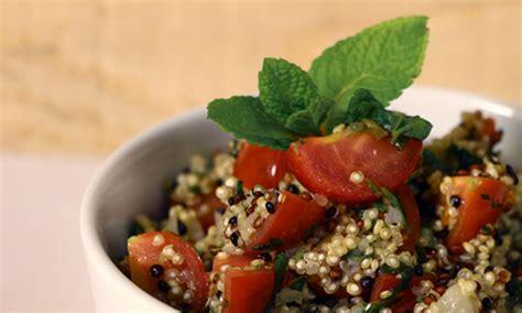 cocinar quinoa real receta de ensalada de quinoa real ulablog