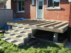 how to build a deck on concrete patio 1000 ideas about concrete front steps on
