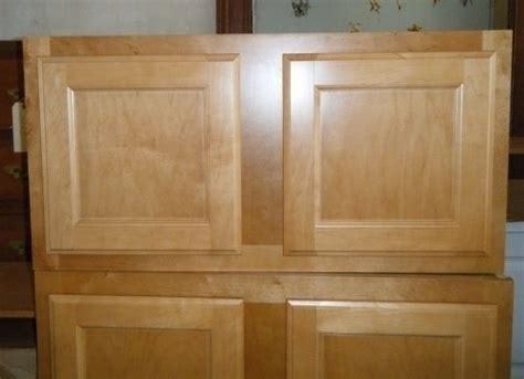 Habitat Bathroom Furniture Cabinets At The Delco Habitat For Humanity Restore Diggerslist