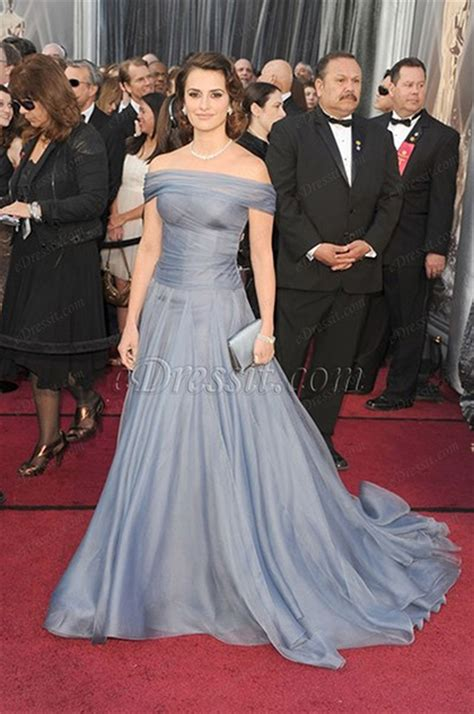 Which Of Penelopes Oscar Dresses Was The Most Fab by Edressit Custom Made Penelope 84th Oscar Awards Dress
