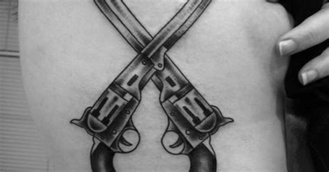 tattoo gun love love this good site for tattoos tattoos pinterest