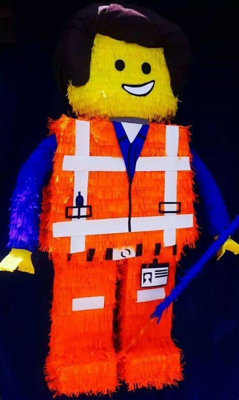 Pinata Lego Emmet By Pinata Dimi emmett pinata from lego lego ideas