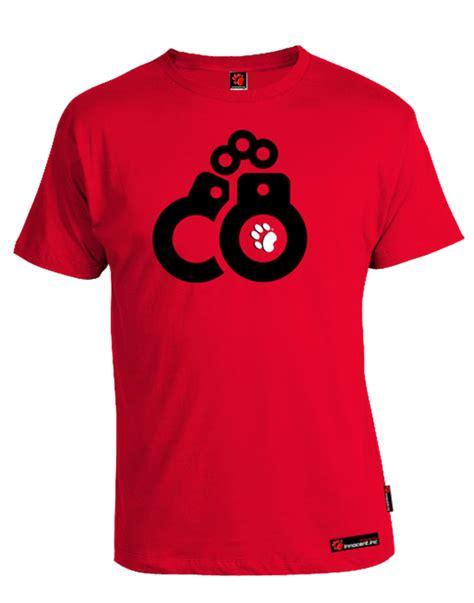 tshirt merah t shirt merah clipart best