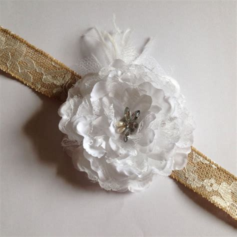 Four Flowers Decoarted Lace Design Collar White wedding flower collar rustic burlap lace white flower