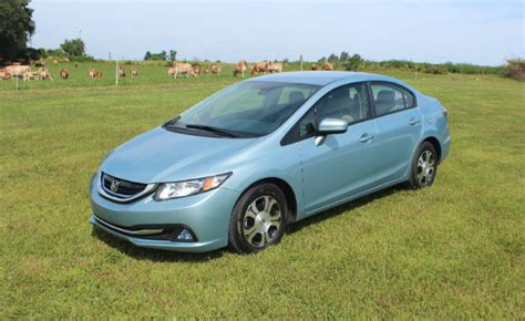 Honda Civic Hybrid Review by 2014 Honda Civic Hybrid Review