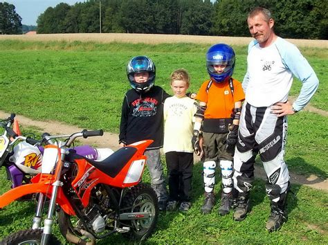 Video Motorradrennen Bremse by Motorrad Fotos Kindertraining Training F 252 R Kinder Und