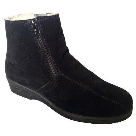 cambridge boots draper womens cambridge boots black suede water resistant