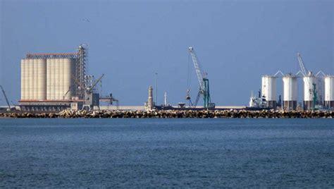 porto di barletta proloco barletta il porto commerciale di barletta