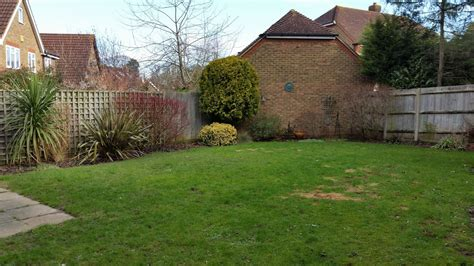 A Life Designing Small Garden Design Ascot Berkshire New Build Garden Ideas