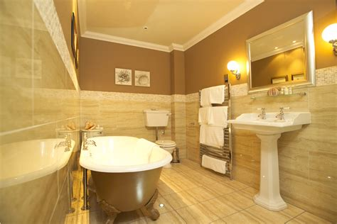 pictures of remodeled bathrooms bathroom remodeling cbarg