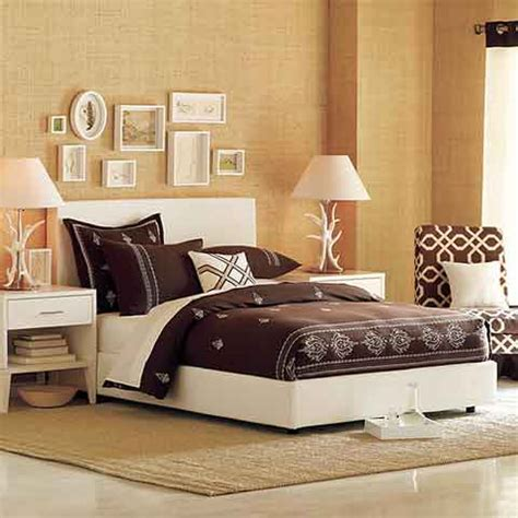 bed decor ideas simple bedroom decorating ideas that work wonders interior design inspiration