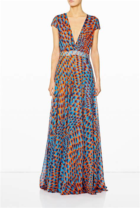 pattern simple maxi dress issa navy pattern waisted maxi dress in multicolor lyst