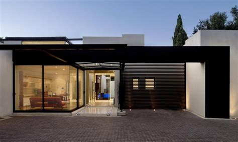 flat roof house modern single story house with flat roof single story