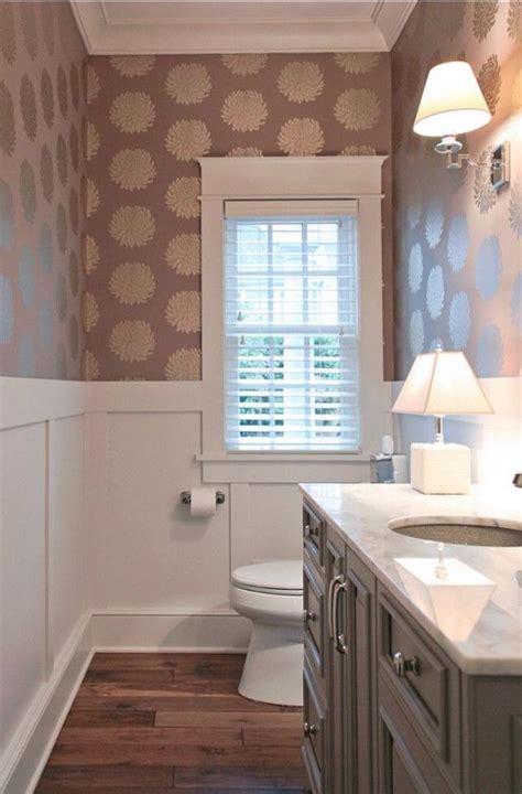Wallpaper Ideas For Small Bathroom Anche In Bagno Architettura E Design A Roma