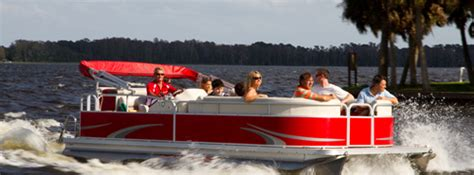 buying a pontoon boat or a deck boat - Deck Boat Vs Pontoon Cost