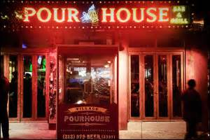 pour house nyc top 7 bars to watch the super bowl in nyc