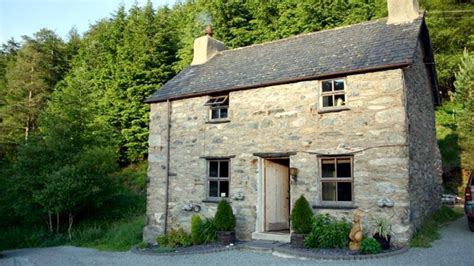 weekend breaks cottages self catering visit wales
