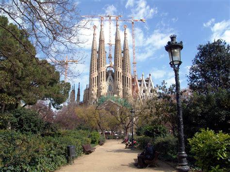 famous places barcelona spain best tourist spots in barcelona
